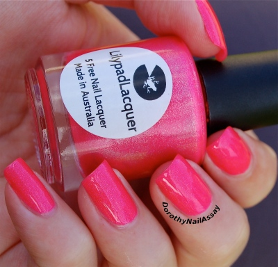 Bubble yummo Lilypad lacquer outdoors