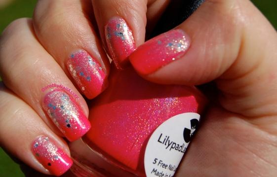 Dégradé de paillettes Bubble yummo Lilypad lacquer et  Foil flash Gemey