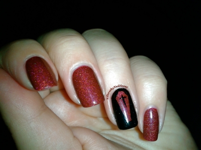 Blood shot Chirality, Nail art vampire chic lumière artificielle (indoors)