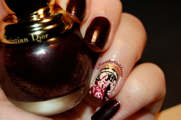 """Nail Art """"minuit"""" l'heure du crime"""" pour Minuit, diorific, Christian Dior indoor en lumière artificielle"""