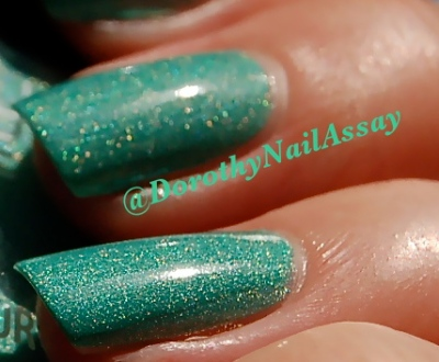 swatch close up  colour alike 513,4