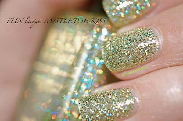 FUN lacquer mistletoe swatch 18