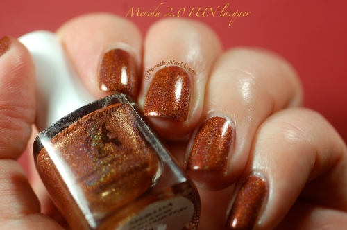 Merida 2,0 princess collection FUN lacquer, indoors artificial lightening.