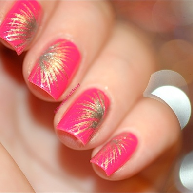 Nail art Fireworks freehand with Picture Polish Hot Lips & Rimmel Your Majesty, artificial lightening.
