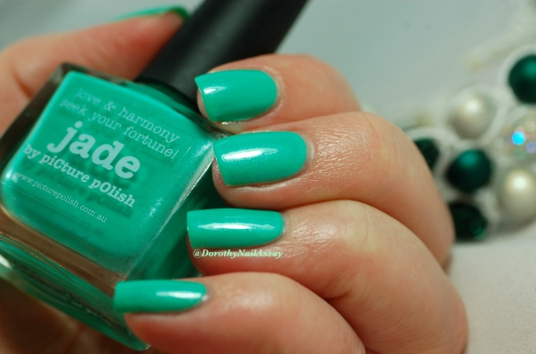 Swach Picture Polish Jade 2 coats + Top coat ( HK girls), artificial light.