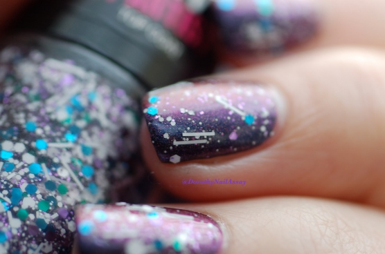 Glitter galaxy with Multichom Colour Alike 545 + Gemey Maybelline Street Artist White splatter, natural sunlight.
