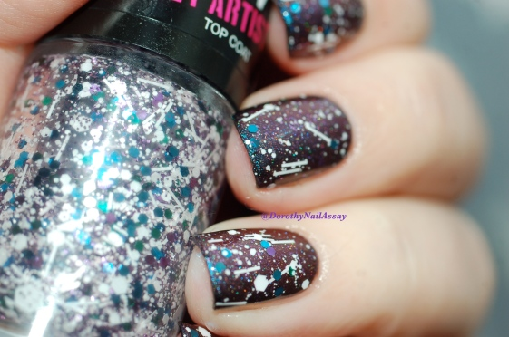 Glitter galaxy with Multichom Colour Alike 545 + Gemey Maybelline Street Artist White splatter, artificial  light.