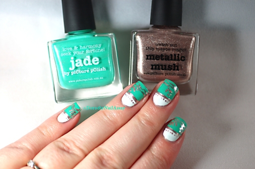 Nail art freehand  inspired by english porcelain  with Picture pOlish Jade and Metallic Mush. Artificial light.