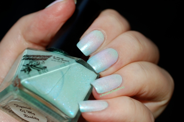 Unicorn mani: with gradient of Superchic lacquers (Coming Unblued +Figmint of my reality +Shrinkik Violet), Flash light.