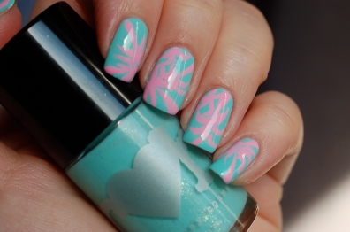 Nail art fashion week 2015 inspired by Katy Perry
