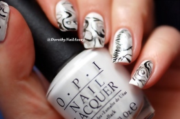 Nail Art Fashion Week inspired by a dress  from Fall 2014 Carolina Herrerra