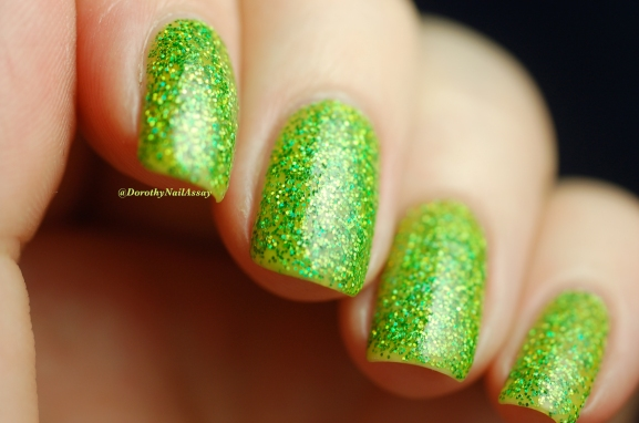 Swatch Ursula Esmaltes Da Kelly , artificial light,