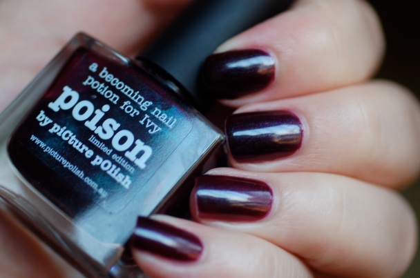 swatch Poison Picture Polish, natural light.
