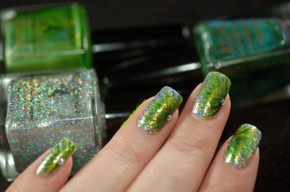 FUN lacquer contest c'est noel 24 karat diamond fireworks nail art 10