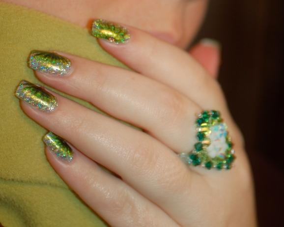 FUN lacquer contest c'est noel 24 karat diamond fireworks nail art