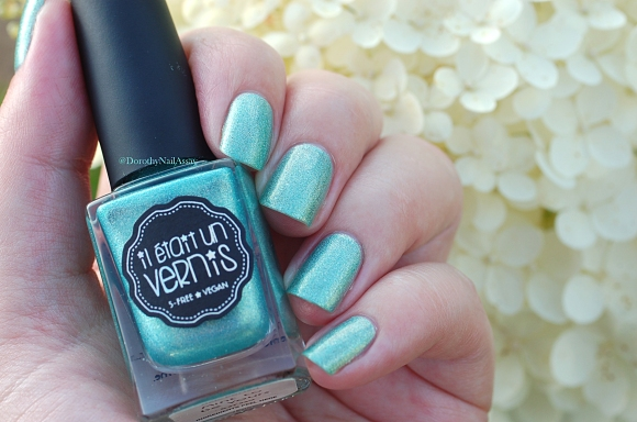 mint to be yours swatch natural light