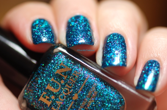 Boho Artist + FUN lacquer LEGEND (the LE). in artificial light WOW