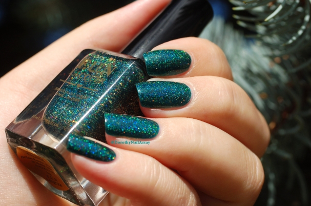 Glitzy Glam Fun Lacquer sunlight