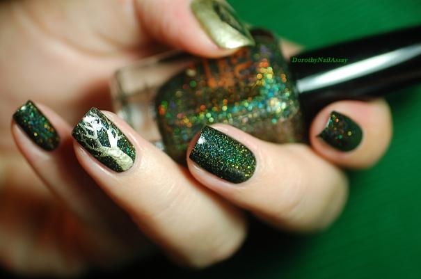 Nail art sur FUN lacquer Green Foliage.