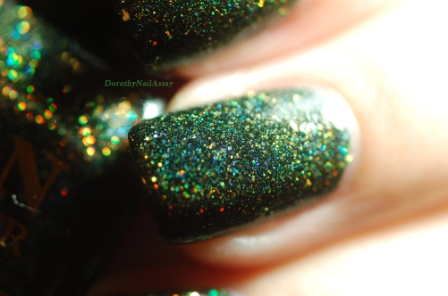 Macroshot swatch of Green foliage Fun lacquer 2 coats =+ top coat.