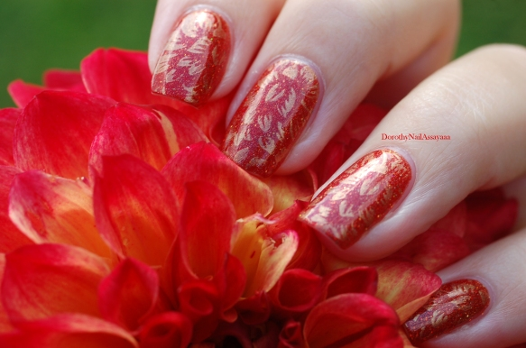 seductive marmalade FUN lacquer + stamping Pueen 93