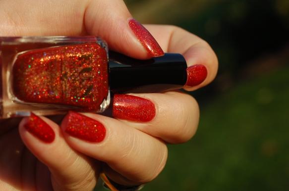 a perfect autumn red polish Fun lacquer Seductive marmalade