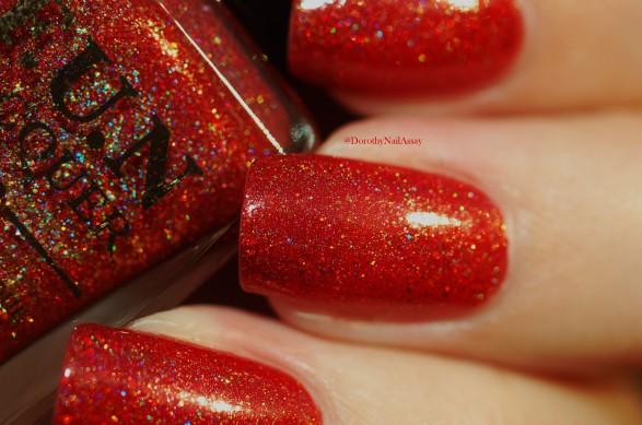 Macro of seductive marmalade FUN lacquer natural light