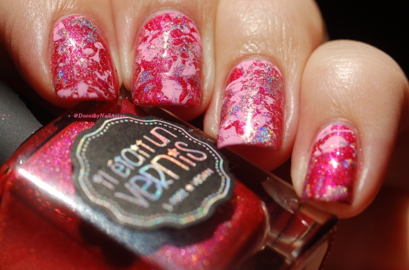Pink platter nails with holo in the sun