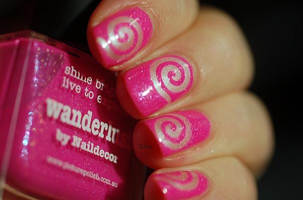 sunlight on spiral nail art PP Wanderlust + essence 102 + flash