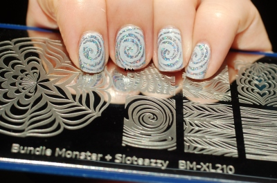 FUN lacquer The art of sparkle stamping bundle monster x Sloteazzy
