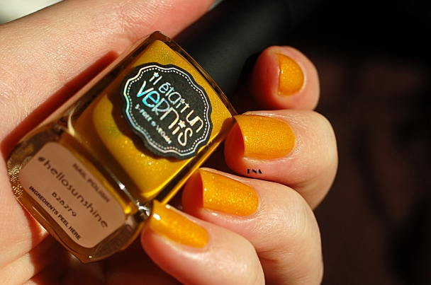 Il Etait Un Vernis Hello Sunshine in the sun