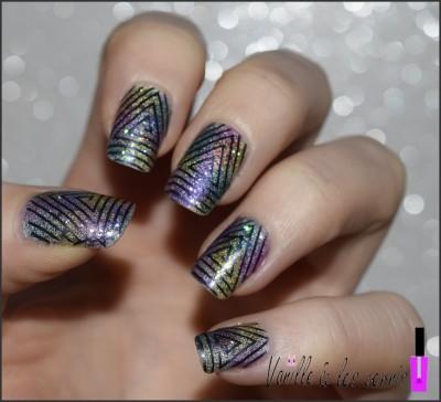 le nail art de Julie aka Vanille et les vernis quel stamping parfait sur un dégradé de sheer tints éblouissant!