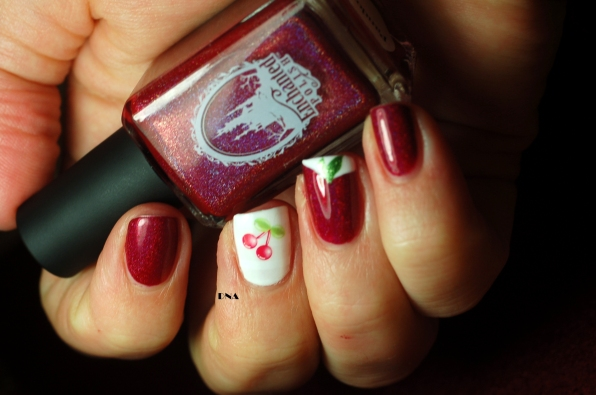nail art cerise, Pandore Enchanted Polish