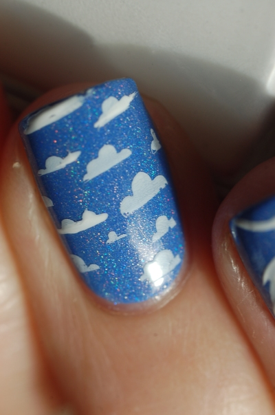 cloud nails Reign beau Enchanted Ploish in the sun