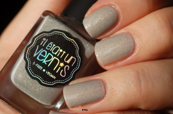 Swatch I am a natural Il Etait Un Vernis in the sun