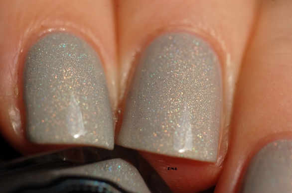 macro I am a natural Il Etait Un Vernis swatch 2 coats + top coat Fast moove Il Etait Un Vernis