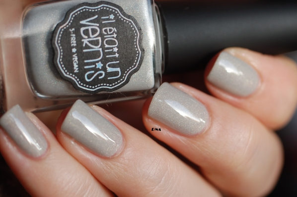 I am a natural Il Etait Un Vernis natural light no sun 2 coats