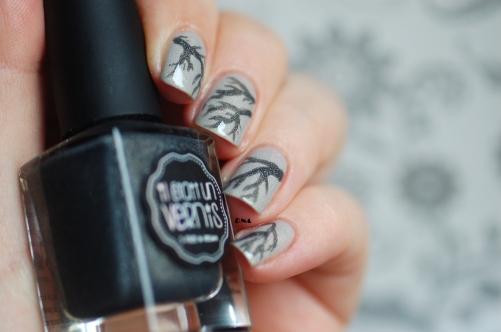 nail art IEUV I am a natural + just my type + flash