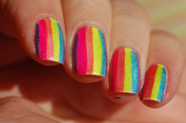 lilypad lacquer holo rainbow stripes in the sun