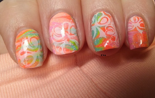 drag marble with Floss gloss polishes plus stamping with pueen plate
