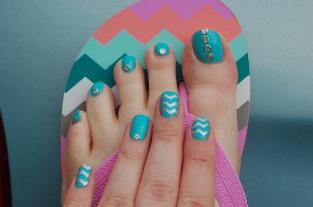 nailstorming salut l'été pieds et mains nailart 3