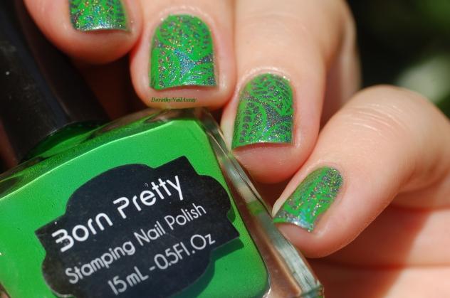 feuilles vertes nail art