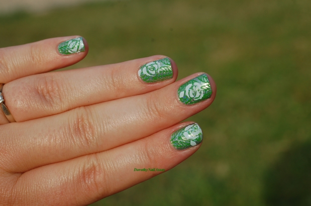 nail art garden and flowers