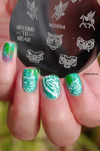 nail art jungle avec Winstonia stamping