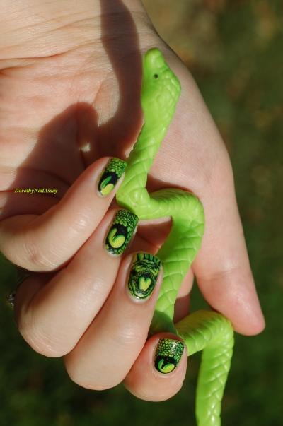 ssssssssssss nail art snake