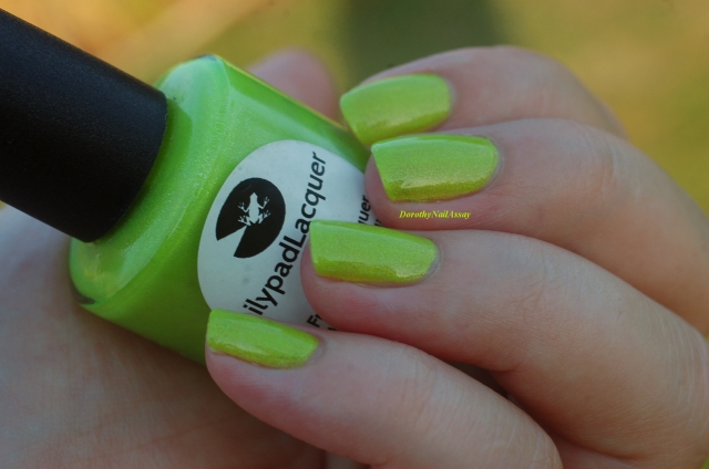 swatch zombee lilypad lacquer outdoor no sun