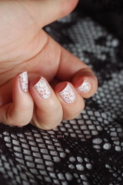 dentelle-nail-art-avec-nee-jolie