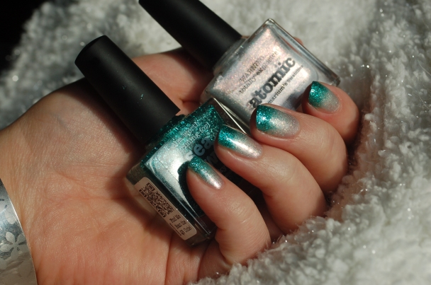 gradient-sea-jewel-atomic-4