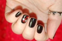 amour noir avec dentelle rouge