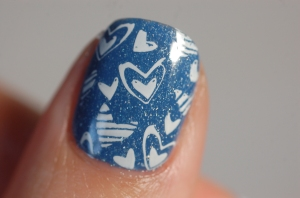 litlle heart stamping nail art